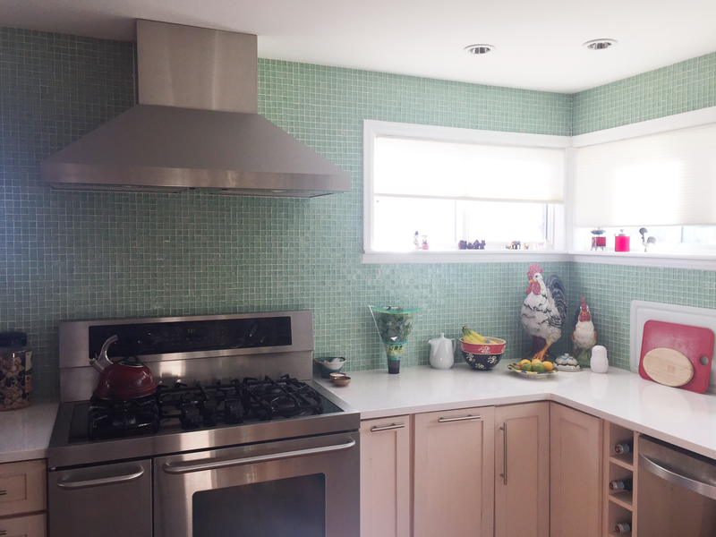 A Colorado Kitchen Gets a Modern Coke Bottle Tile Update