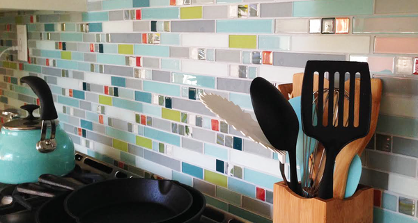 5 Tips for Adding a Glass Tile Kitchen Backsplash