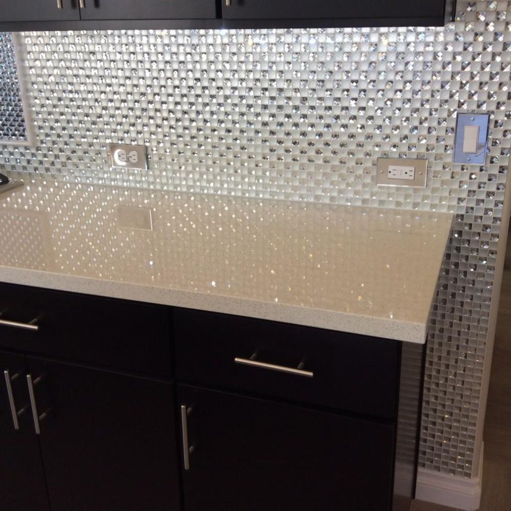 Gorgeous kitchen that sparkles and blings