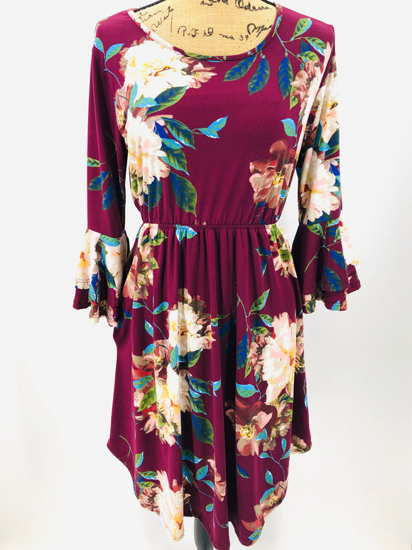 Purple/Floral Ruffle Sleeve Dress