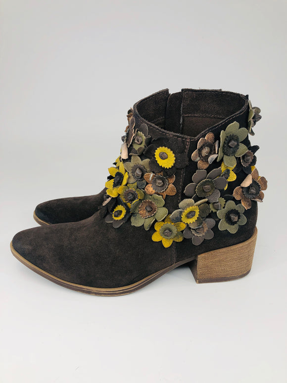 Leather Flower Boots - 3 Colors