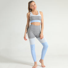 Load image into Gallery viewer, EVERYDAY SEAMLESS SPORTS BRA SKY BLUE