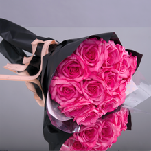 Load image into Gallery viewer, Fly Me To The Moon - Rosé (12 Roses)