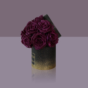 12 Violette Madonna Rose Box (Black Box)