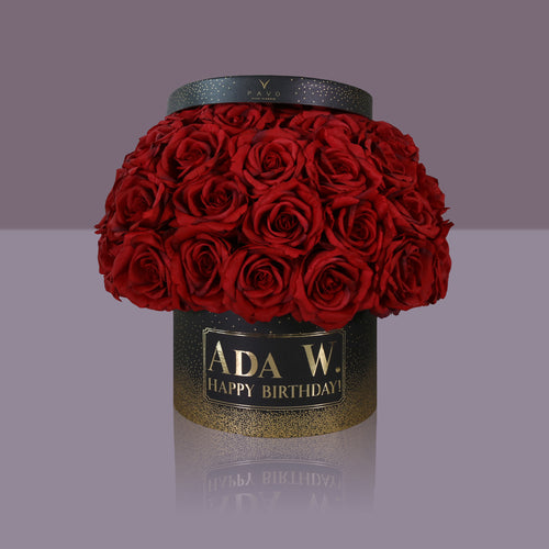 50 Passion Madonna Rose Box (Black Box)