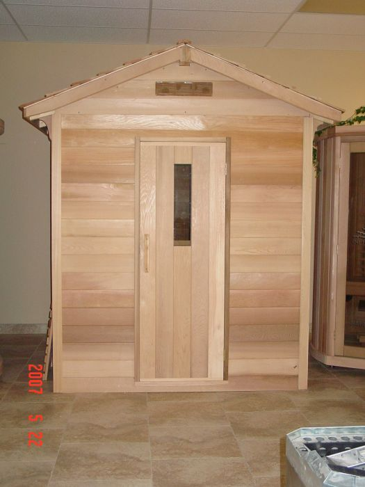 Saunacore Outdoor Classic 5 Person Traditional Sauna (COD6X6)