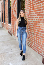 Load image into Gallery viewer, High Waist Bow Skinny Jeans