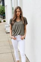 Load image into Gallery viewer, Basic Olive V-Neck Top