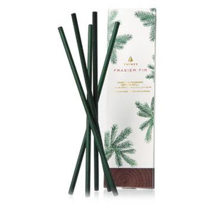 Frasier Fir Liquid-Free Fragrance Diffuser Refill (5 Green Fragranced Reeds)