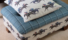 Load image into Gallery viewer, Horse Racing Cushion Cover