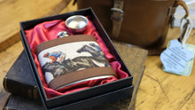 Load image into Gallery viewer, Horse Racing Hip Flask