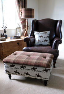 Large Master of Hounds Storage Footstool