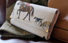 Load image into Gallery viewer, Master of Hounds Leather Handmade Purse