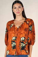 Load image into Gallery viewer, Lovestitch Volume Sleeve Button Up Blouse