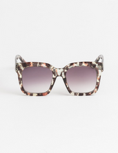 Load image into Gallery viewer, Stella + Gemma Gwyneth Leopard Sunglasses