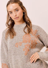 Load image into Gallery viewer, Lovestitch Metallic Jaquard Sweater