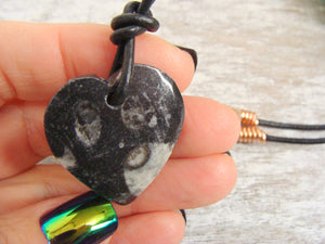Orthoceras Fossil Black Heart Valentine Pendant Necklace Business Success Talisman - claritycove.com