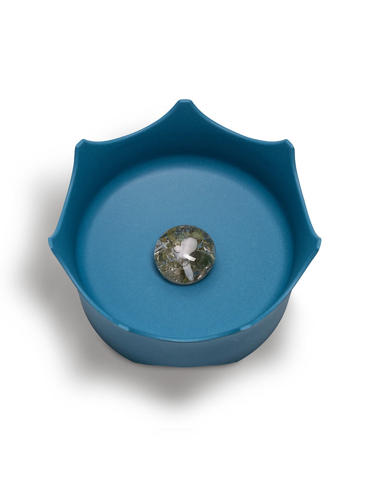 Dog Gem Water Bowl Healing Crystal Water Dish for Pets The Crown Juwel Vitajuwel - claritycove.com