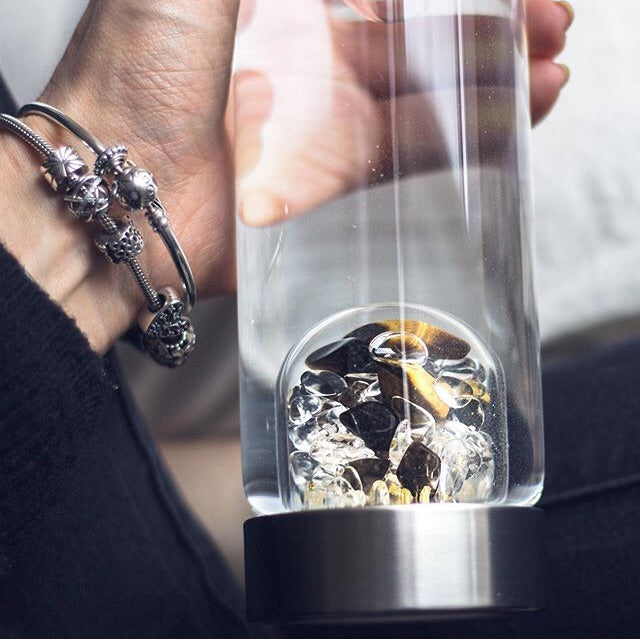 HERO 24k GOLD Limited Edition Vitajuwel ViA Gemwater Bottle w/ Black LOOP Handle - claritycove.com