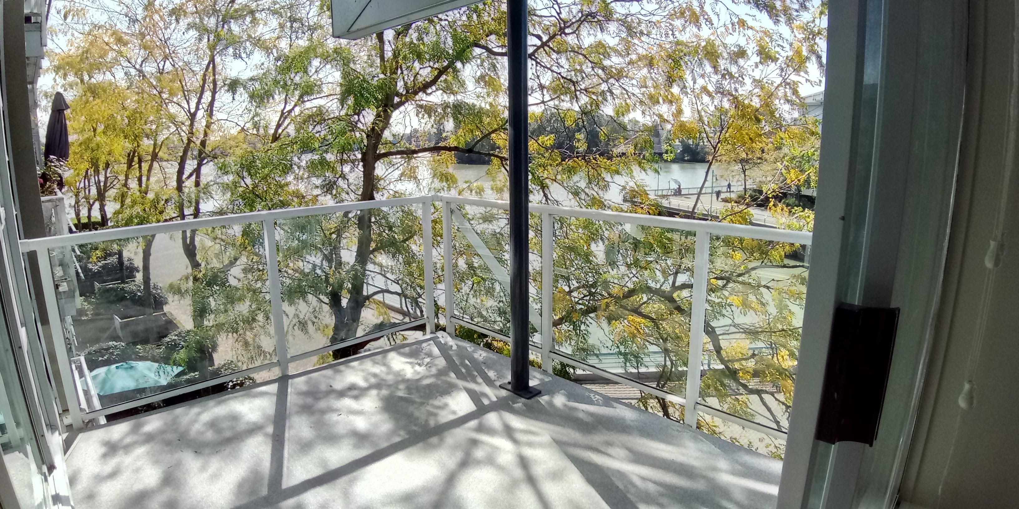 303, 2020 E Kent Ave - 2BR, Waterfront
