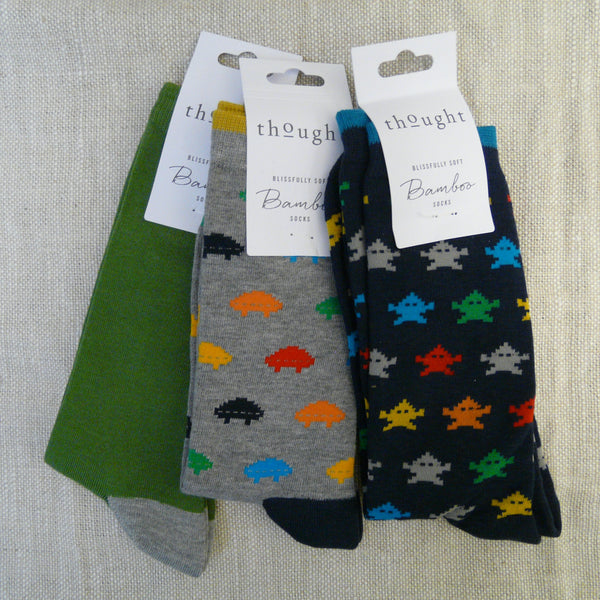 009-Bamboo-mix-3-pairs-socks-Grey-Navy-Gaming-socks-navy-heals-&-toes-Green-grey-heal-&-toe