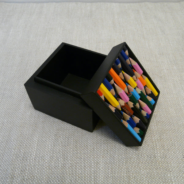 10032-fairtrade-upcycled-crayon-black-medium-square-box-open