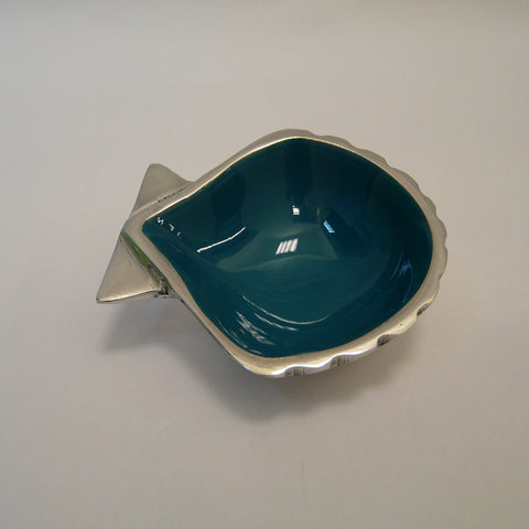 1927-fair-trade-recycled-aluminium-Turquoise-shell-dish