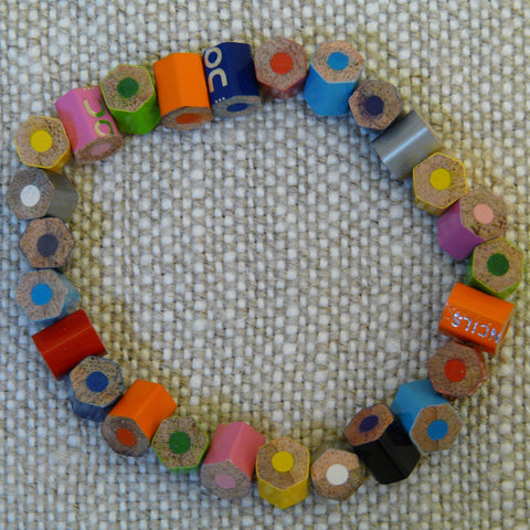 fair-trade-upcycled-multicoloured-crayon-pieces-bracelet
