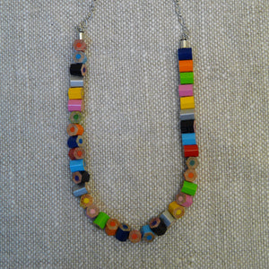 294-fair-trade-upcycled-multicoloured-crayon-pieces-necklace-with-discs