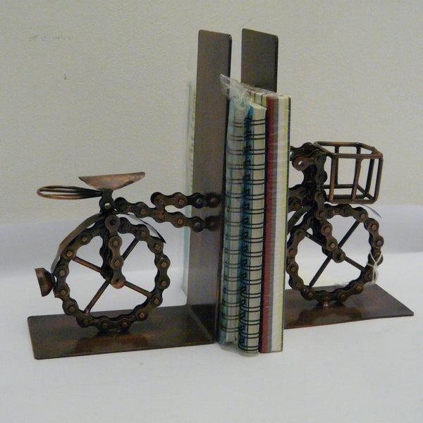 780-fair-trade-recycled-bicycle-chain-bookends-bike