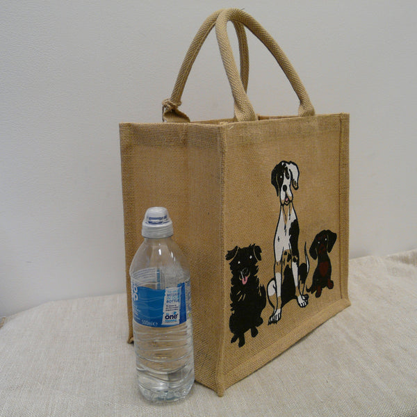 fair-trade-jute-shopping-bag-square-beige-natural-3-Dogs-sitting-sideview