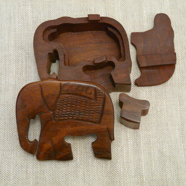 P1110102-Fair-trade-Sesham-wood-Elephant-puzzle-box-open