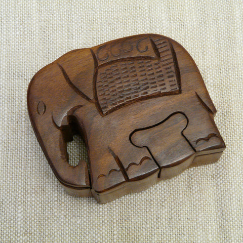 P1110104-Fair-trade-Sesham-wood-Elephant-puzzle-box-closed