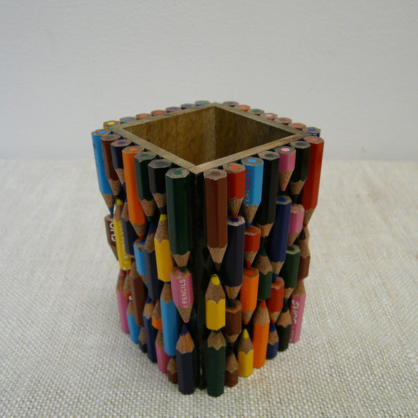 P1110133-Fair-Trade-Upcycled-Crayons-Pen-pot