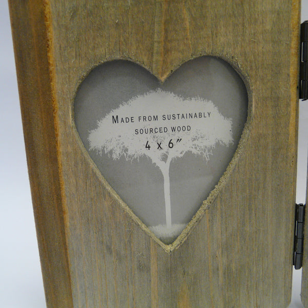 P1110164-Eco-friendly-Driftwood-double-frame-close-up-cut-out-heart