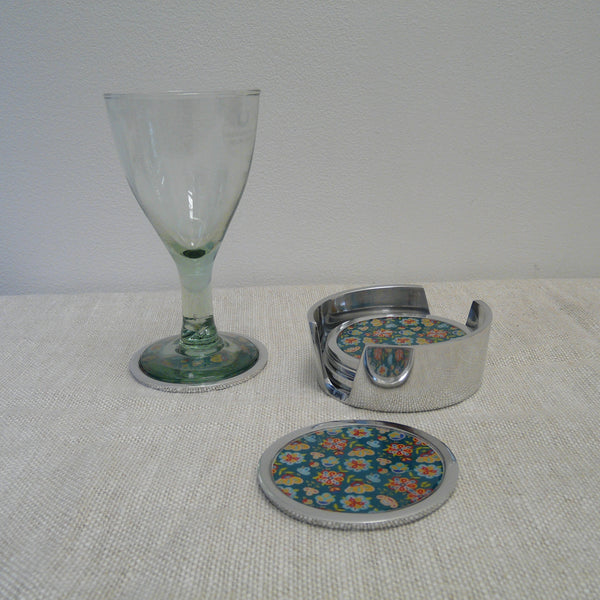 P1110185-Fair-Trade-Recycled-Aluminium-Flower-Coaster-Set-Holder-with-2-glass-Green