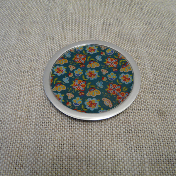 P1110252-Fair-Trade-Recycled-Aluminium-Flower-Coaster-Green.jpg