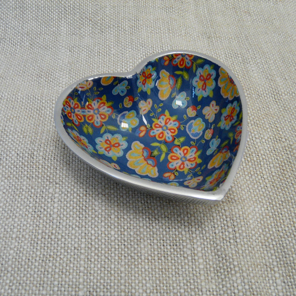 P1110285-Fair-trade-blue-flower-heart-dish