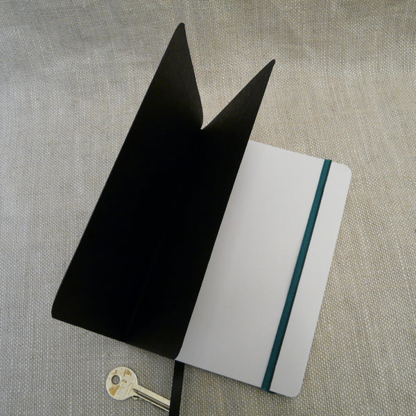 P1110329-Fair-trade-Handmade-paper-leather-look-notebook-journal-teal-green-open-with-key