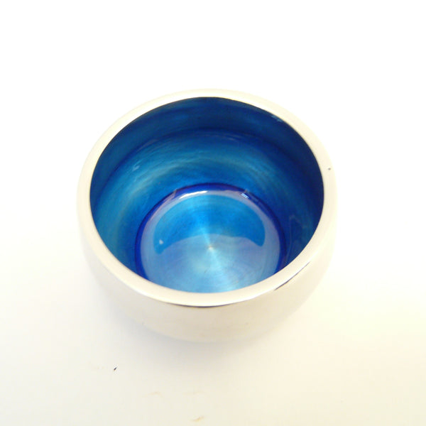 P1110362-Fair-trade-recycled-aluminium-blue-t-lite-holder