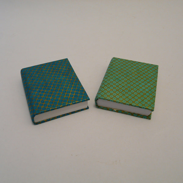 P1110369-fair-trade-lokta-paper-blue-green-mini-notebooks
