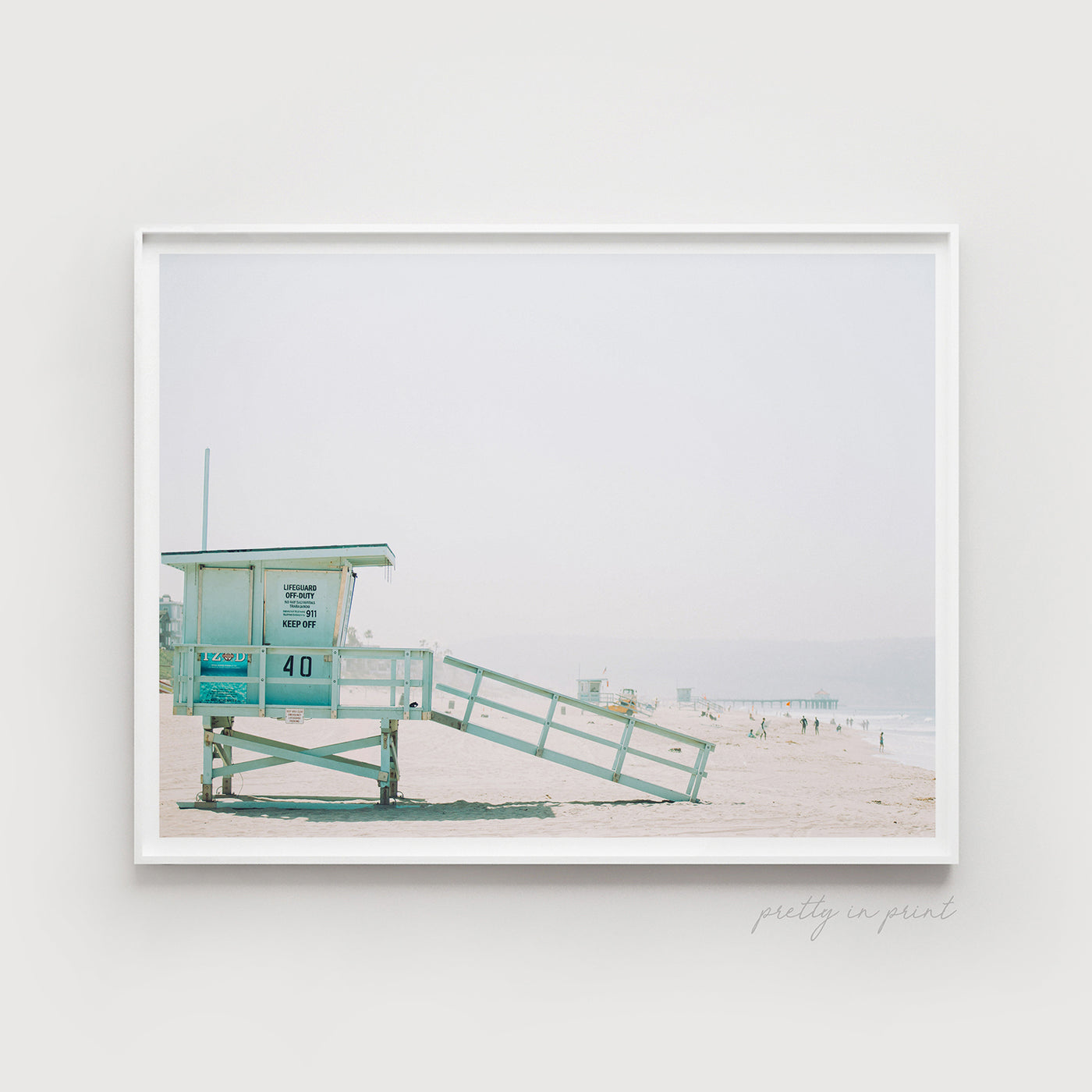 Manhattan Beach | Lifeguard Hut - Pretty in Print Art