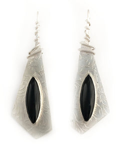 Black Onyx earring with patterned sterling on twisted wire