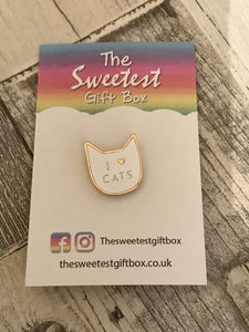 White I Love Cats Pin Badge