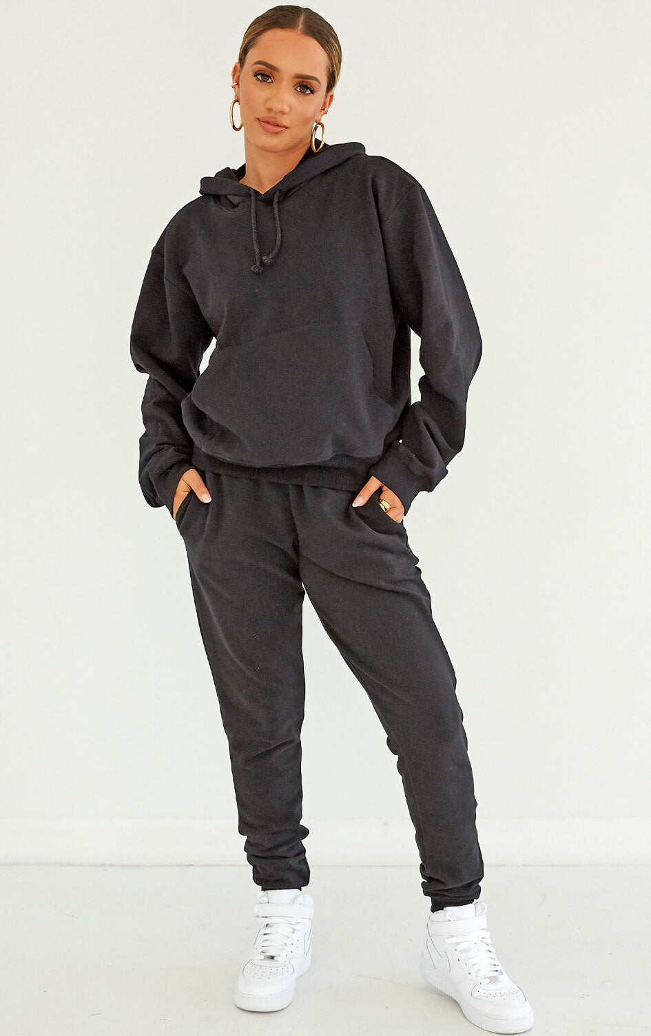shop-dana-scott-fall-collection-black-fleece-joggers-sweatpants