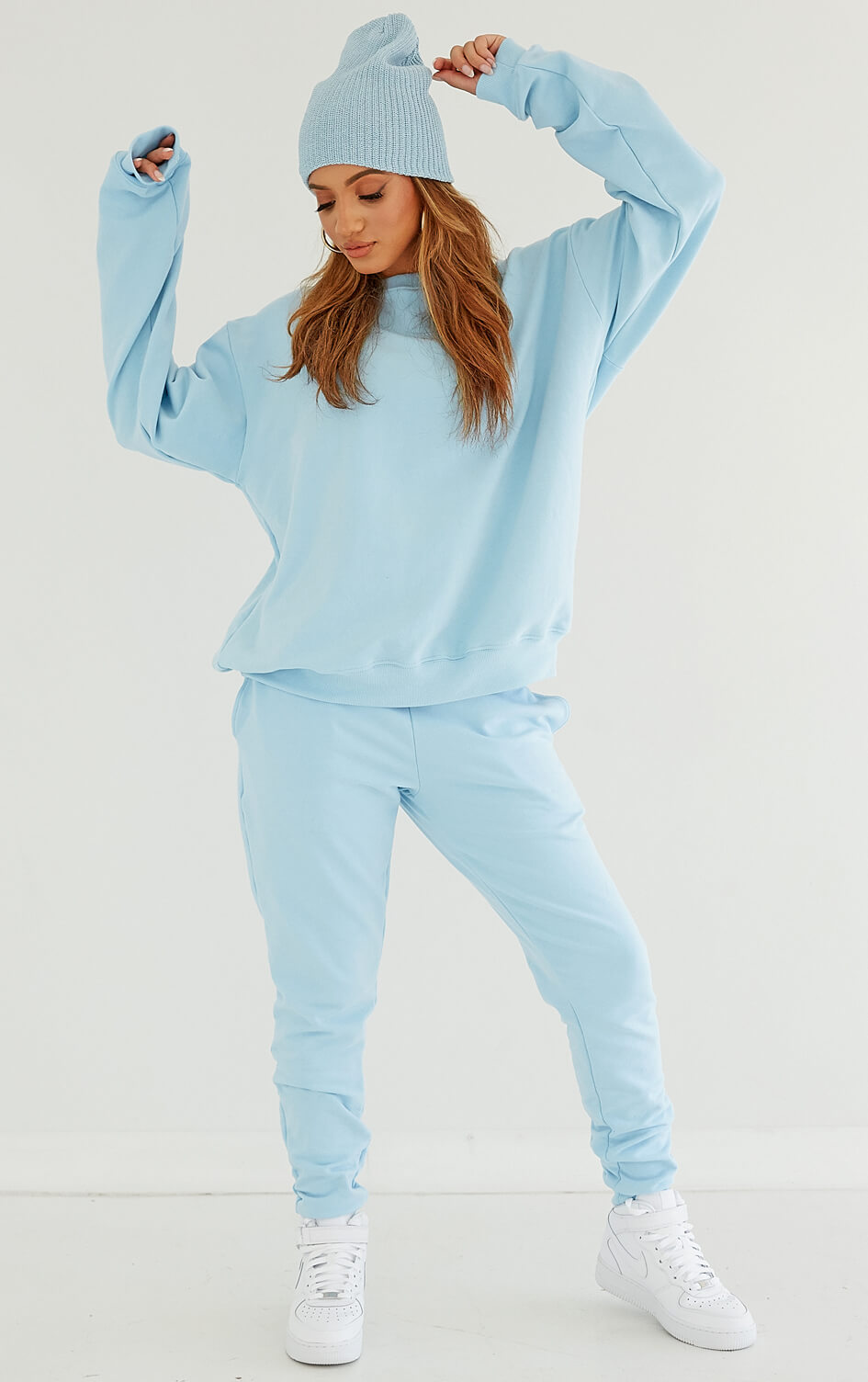 shop-dana-scott-winter-wonderland-cream-carolina-ice-blue-fleece-sweatpant-joggers