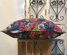 "Load image into Gallery viewer, 20"" Wildflower Multi-Color Pillow Cover - InRugCo Studio & Gift Shop"