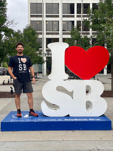 I love SB shirt by statue