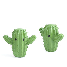 Load image into Gallery viewer, cactus dryer balls kikkerland