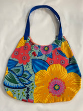 Load image into Gallery viewer, Flowers Market Bag - InRugCo Studio & Gift Shop